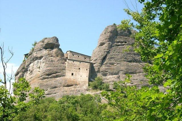 Castello della Pietra presso Vobbia, Liguria