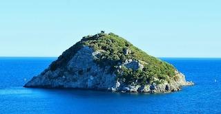 Isola di Bergeggi e la riserva naturale