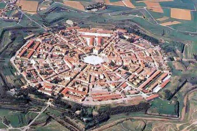 Vista aerea della città di Palmanova