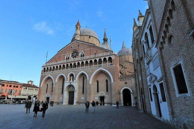Basilica di Sant' Antonio.