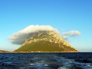 Isola di Tavolara: il più piccolo regno del mondo