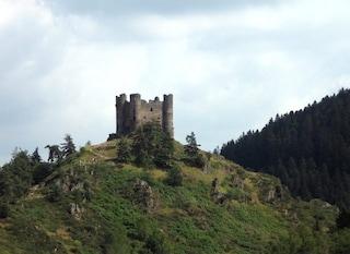 Cantal, dove la storia incontra la natura