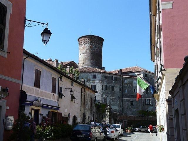 Rocca Grimalda, Municipio e Castello – Foto Wikipedia