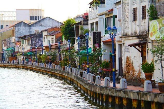 Lungofiume di Malacca