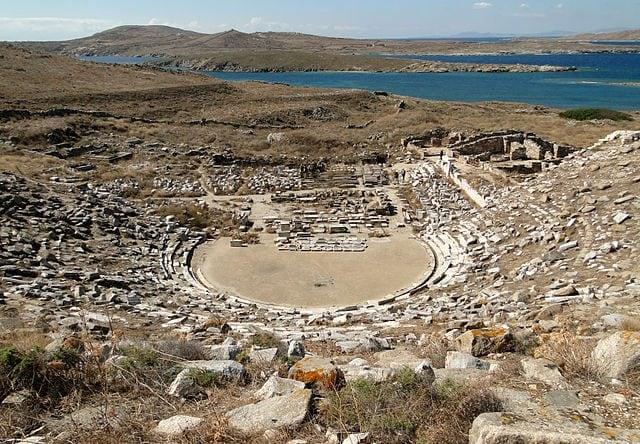 Teatro di Delo – Foto Wikimedia Commons