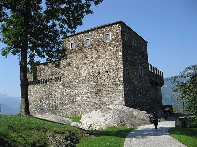 Castello di Sasso Corbaro – Foto Wikipedia