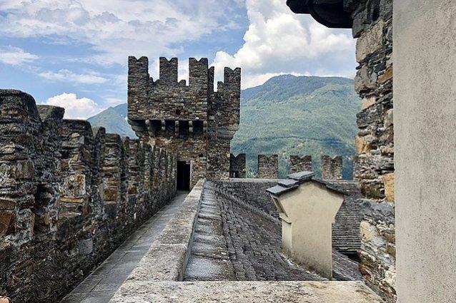 Castello di Sasso Corbaro – Foto Wikimedia Commons
