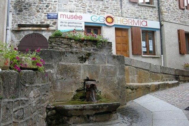 Fontana e Museo Geothermia – Foto Wikipedia