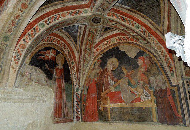 Affreschi della cripta di Santa Maria in Platea – Foto Wikipedia