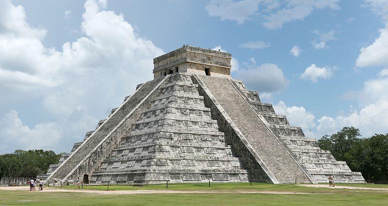 El Castillo (Pyramide des Kukulcán) in Chichén Itzá