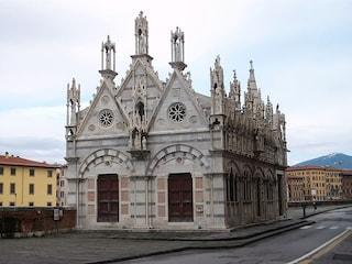 Santa Maria della Spina: un piccolo gioiello gotico a Pisa
