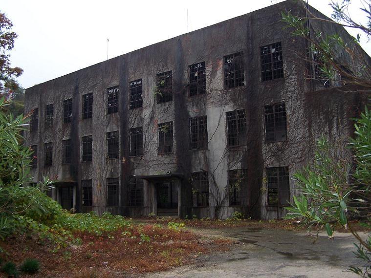 Rovine della fabbrica di gas velenosi – Foto Wikipedia