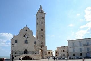 Cattedrale di Trani: fascino medievale, simboli e misteri