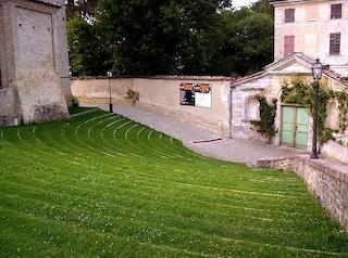 Un borgo medievale tra i vigneti piemontesi: Monforte d'Alba