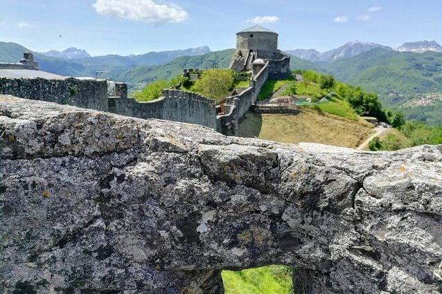 Le mura e la fortezza delle Verrucole