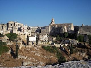 Gravina di Puglia, un borgo scavato nella roccia