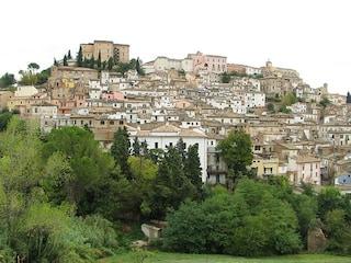 Loreto Aprutino, un affascinante gioiello d'Abruzzo