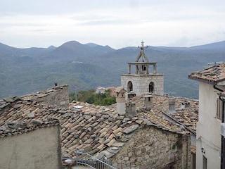 Montelapiano: viaggio nel borgo più piccolo d'Abruzzo