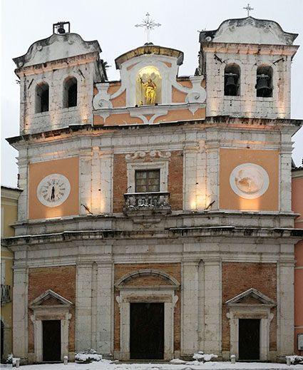 Facciata della chiesa di Santa Maria Assunta ad Atina