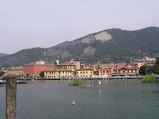 Sarnico: un luogo incantevole affacciato sul Lago d'Iseo
