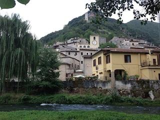 Scheggino: il borgo umbro del castello e del tartufo