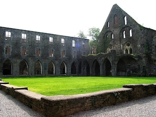 Abbazia di Villers-la-Ville: il suggestivo monastero in rovina