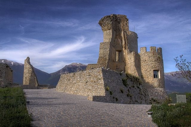 Castello normanno–svevo – Foto Wikipedia