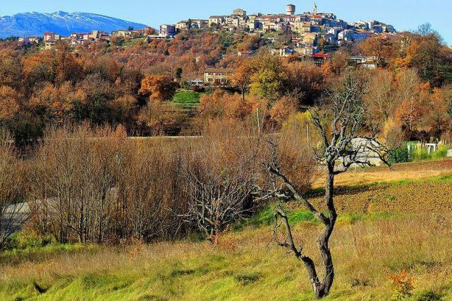 Borgo di Oratino