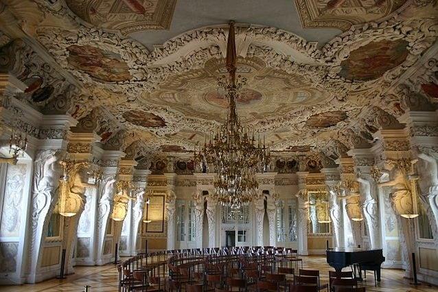 Sala dei Giganti (Riesensaal) nel Castello di Ehremburg – Foto Wikipedia