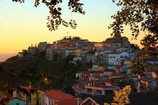 Un borgo di pietra nell'estrema Irpinia: Savignano