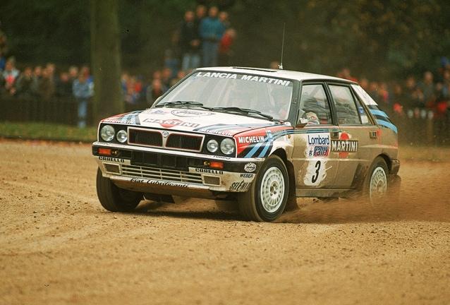 Kankkunen in azione al Rally di Gran Bretagna nel 1990