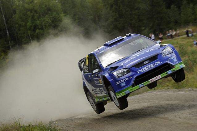 Juha Kankkunen e il navigatore Juha Repo al Rally di Finlandia 2010 su Ford Focus WRC