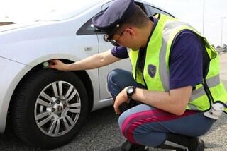 Pneumatici sgonfi o lisci, metà degli automobilisti italiani viaggia con gomme non a norma