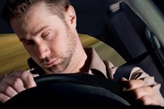 Sicurezza stradale, sonno al volante: è colpa delle vibrazioni dell'auto