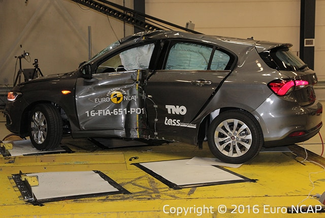 fiat tipo crash test disastrosi euro ncap assegna 3 stelle. Black Bedroom Furniture Sets. Home Design Ideas