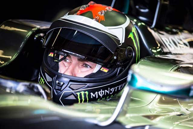 Jorge Lorenzo al volante della Mercedes F1 di Lewis Hamilton / MotoGP