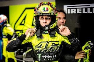 """Valentino Rossi: """"Quest'anno niente Monza Rally, faccio la 12 Ore di Abu Dhabi con la Ferrari"""""""