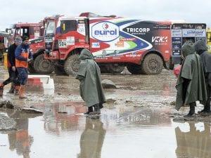 Bivacco allagato alla Dakar – Getty