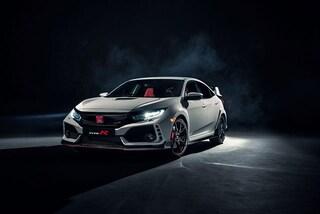 Honda lancia la sfida alle sportive europee con la nuova Civic Type-R