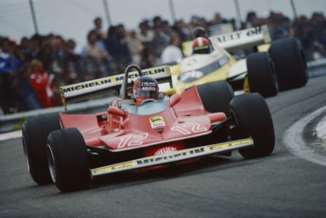 -Villeneuve davanti alla Renault
