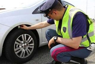 Allarme gomme, un'auto su 4 circola con pneumatici non conformi