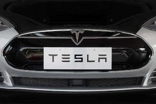 Tesla in difficoltà, aspettative deluse e futuro incerto per la casa delle auto elettriche