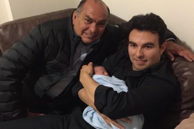 Sergio Perez con suo figlio – Foto Twitter