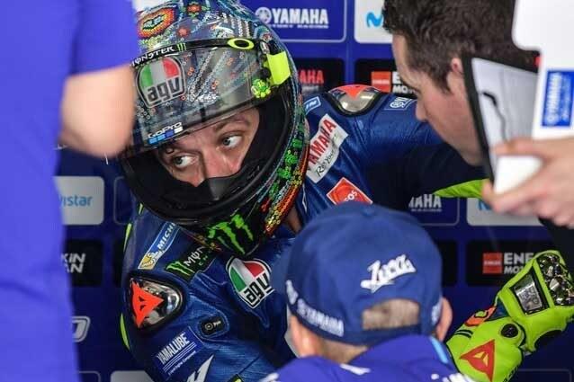 Valentino Rossi al box / Getty Images