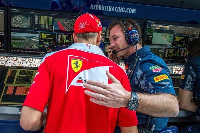 Il team principal della Red Bul insieme a Vettel – Getty images