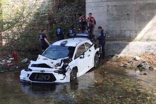 WRC, spaventoso incidente in Corsica per Neuville: precipita da un ponte