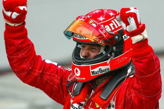 Michael Schumacher esulta dopo la vittoria in Malesia del 2004 – Getty images