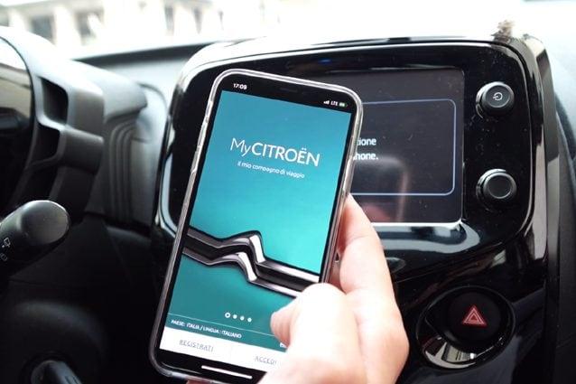 """Il sistema di connessione della Citroen C1 attraverso l'app """"My Citroen"""""""