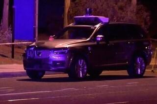 Guida autonoma, svelata la dinamica dell'incidente mortale avvenuto in Arizona