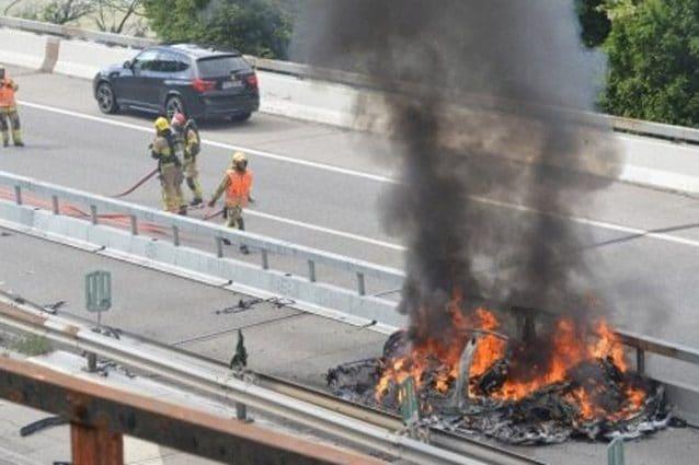 L'incidente che ha visto coinvolta la Tesla – Foto www.tio.ch